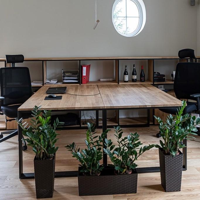 Loftowe meble do biura