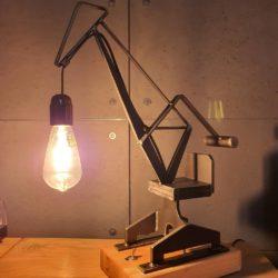 Loftowa lampa dekoracyjna Żuraw Stoczniowy świecąca