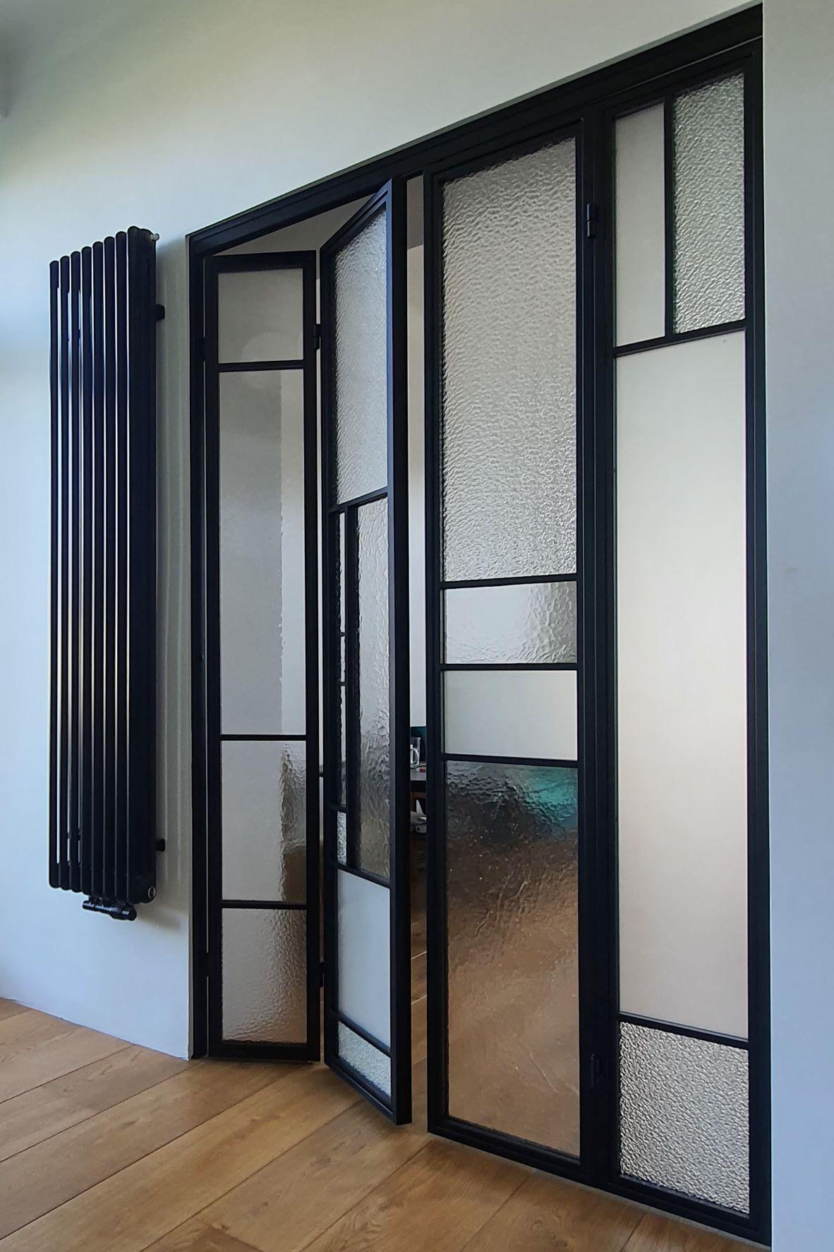 Drzwi loftowe-industrialne harmonijkowe